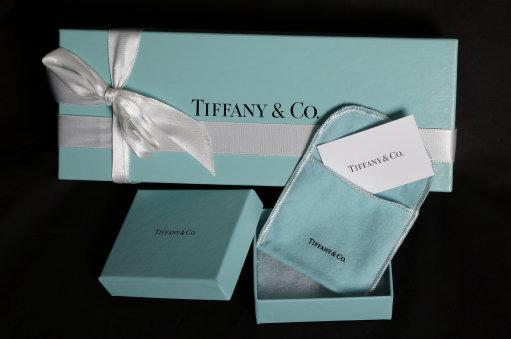 Earns Tiffany Co