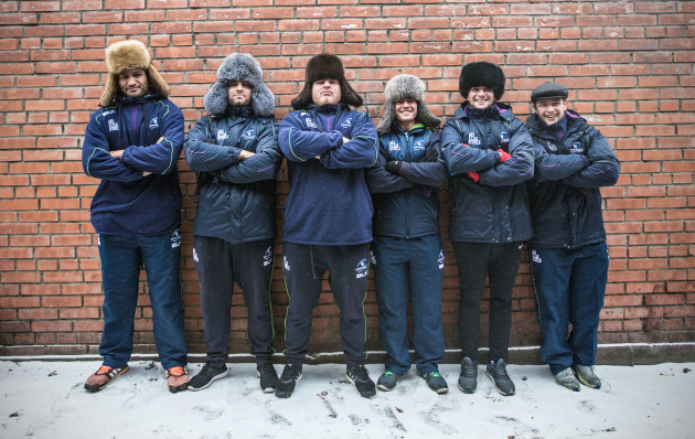 George Naopu, Ronan Loughney, Finlay Bealham, Ian Porter, Jack Carty and Jason Harris-Wright try on some new hats
