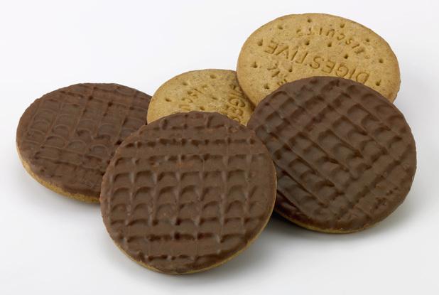 odd-chocolate-digestives1
