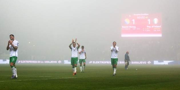 Ireland players thank the supporters after the game