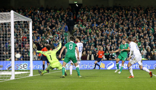 Jonathan Walters scores his second goal