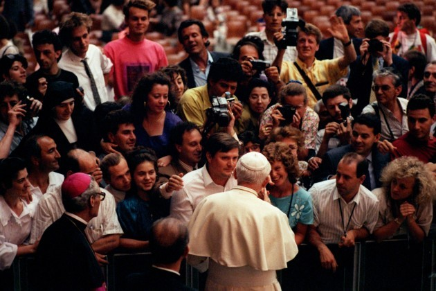 Soccer - World Cup Italia 1990 - The Pope Talks To World Cup Fans