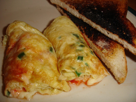 Cheese 'n chilli omlette