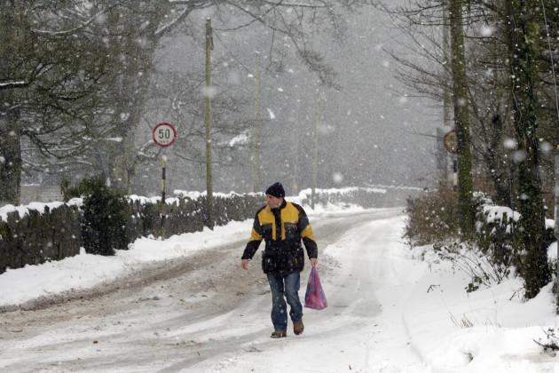 30/11/2010 Snow Scenes The Big Freeze Part 2