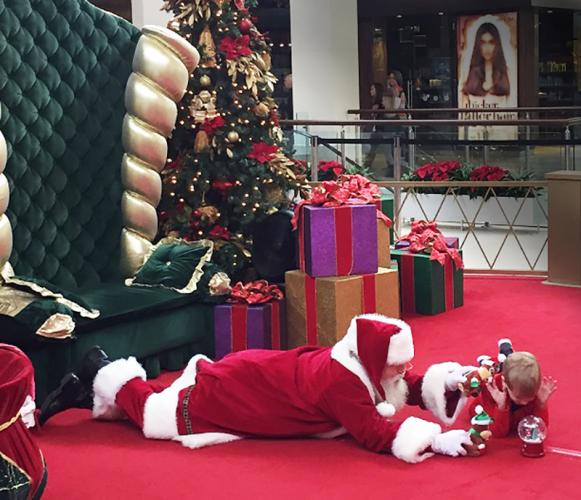 santa_floor_pic