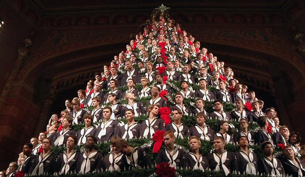 American School Builds Insane 67-foot Singing Christmas