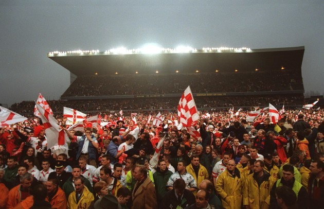 Ulster Fans spill on to the pitch 30/1/1999