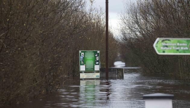 10/12/2015. Athlone Floods. A nature walk in Athlo