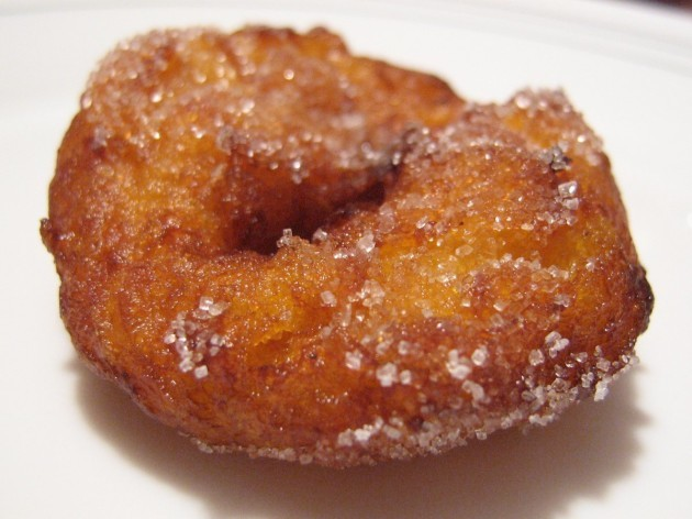 mexico-buuelos-can-be-found-throughout-mexico-and-like-a-lot-of-foods-they-vary-by-region-in-oaxaca-where-they-are-particularly-popular-during-christmastime-they-look-like-discs-of-fried-dough-that-have-been-dusted-wit