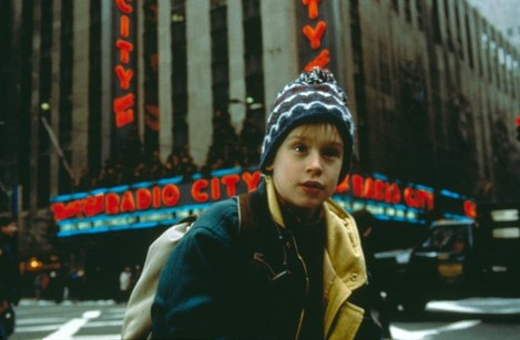 Being-in-New-York-home-alone-2-lost-in-new-york-38418283-615-403