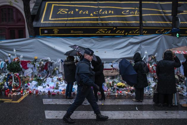 Mideast Paris Attacks Troubled Neighborhood