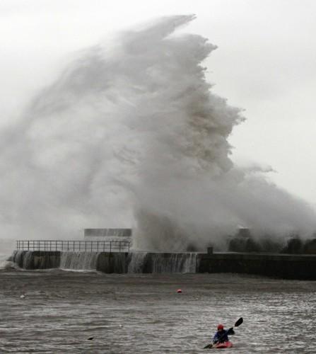 Storm Frank waves 3