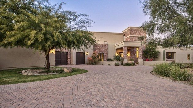 sarah-palins-gigantic-arizona-ranch-is-now-up-for-sale-hitting-the-market-for-24-million