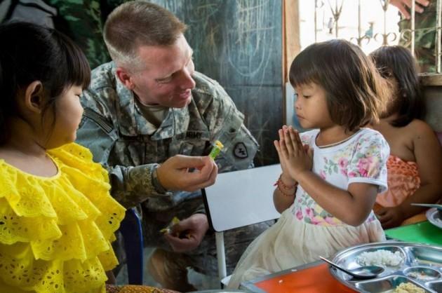 4 US Army_Pfc. Samantha Van Winkle