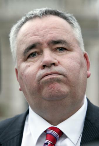 15/11/2011 Junior Minister Willie Penrose Resigns