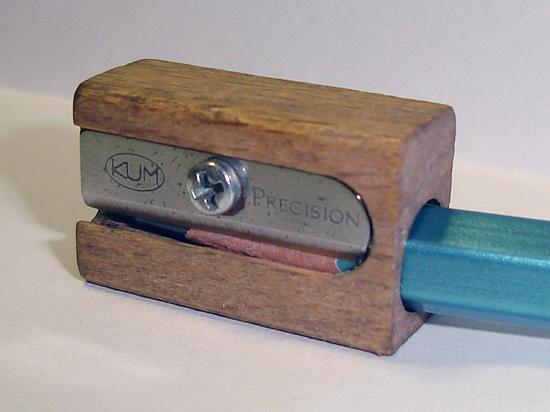 Wooden_pencil_sharpener