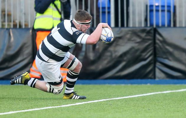Daniel McCaffrey scores a try