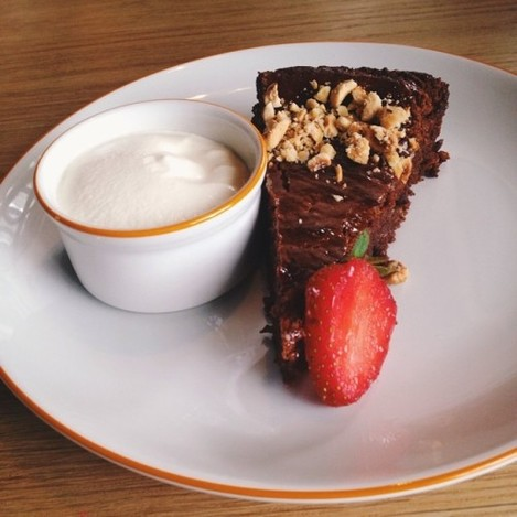 chocolate mud cake #dublin #food #foodpic #foodporn #dessert #dessertporn #vscocam