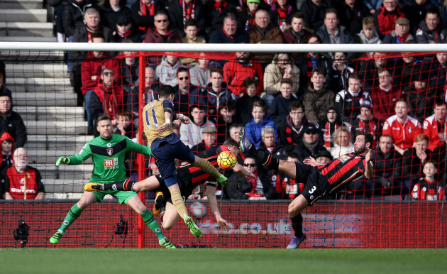 AFC Bournemouth v Arsenal - Barclays Premier League - Vitality Stadium