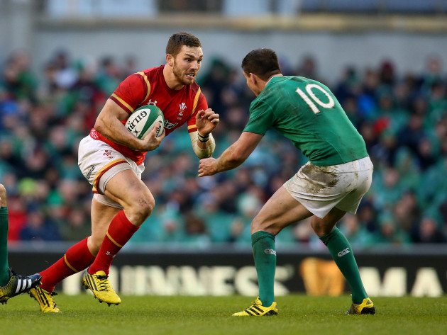 Wales's George North and Jonathan Sexton