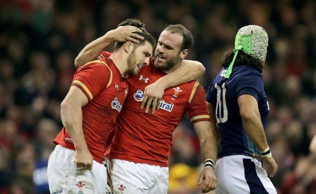 George North celebrates his try with Jamie Roberts