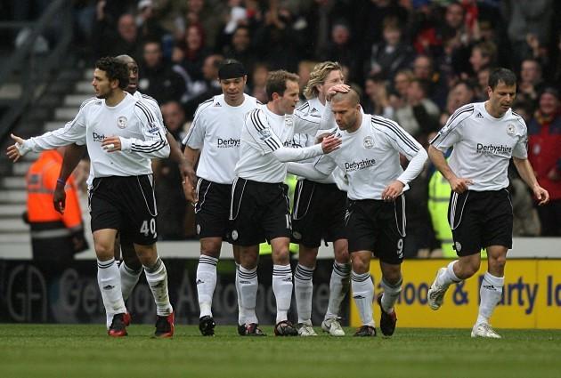 Soccer - Barclays Premier League - Derby County v Fulham - Pride Park