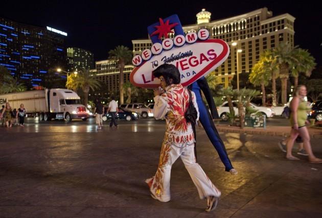 Vegas Street Performers