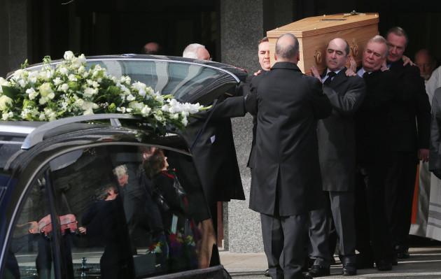 Frank Kelly funeral
