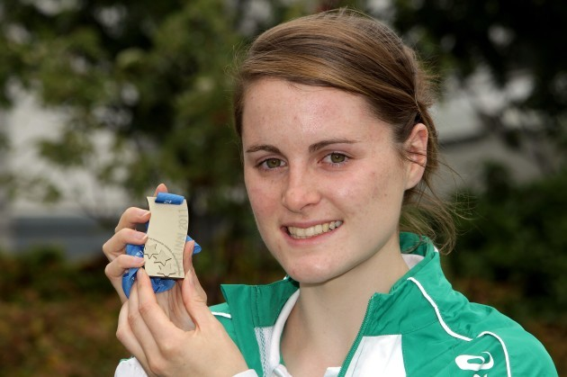 Ciara Mageean with her silver medal