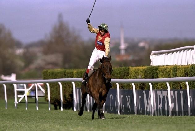 Paul Carberry riding Bobbyjo 10/4/1999