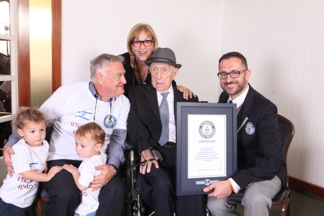 Guinness World Records announces new Oldest man - Israel Kristal - Marco Frigatti Head of Records - son Heim Kristal daughter Shula Kuperstoch & great grandkids