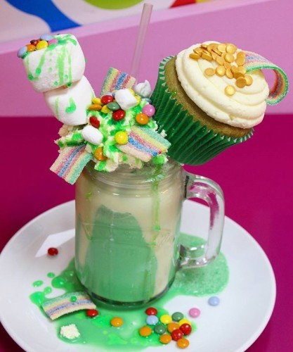 Of course we needed to make a Patricks days shake..... so here it is! ! Chocolate mint shake with fresh cream, smarties, fizzy rainbows, marshmallows and a @thecupcakebloke cupcake