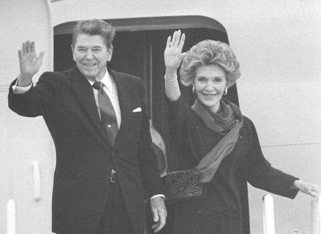 US President Ronald Reagan with his wife Nancy.