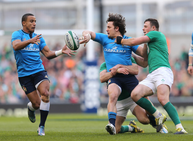 Jared Payne and Robbie Henshaw tackle Michele Campagnaro