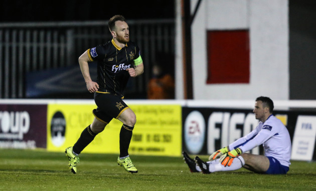 Stephen O'Donnell scores a goal