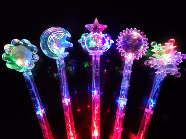 LED-Flashing-Stick-Party-Prom-Toys-Decorations-Magic-Wand-Baby-Kids-Classic-Light-up-Toy-Animal