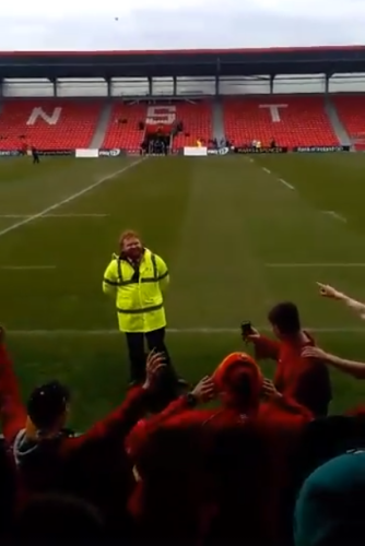 These Munster Rugby Fans Hilariously Serenaded A Steward Ed Sheeran Lookalike