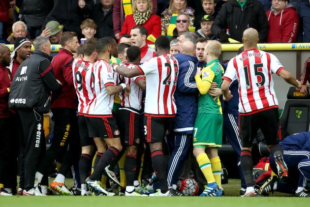 Norwich City v Sunderland - Barclays Premier League - Carrow Road