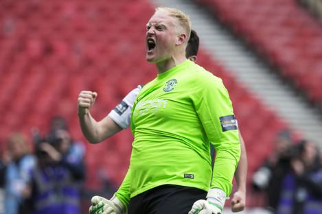 Hibernian v Dundee United - William Hill Scottish League Cup - Semi Final - Hampden Park