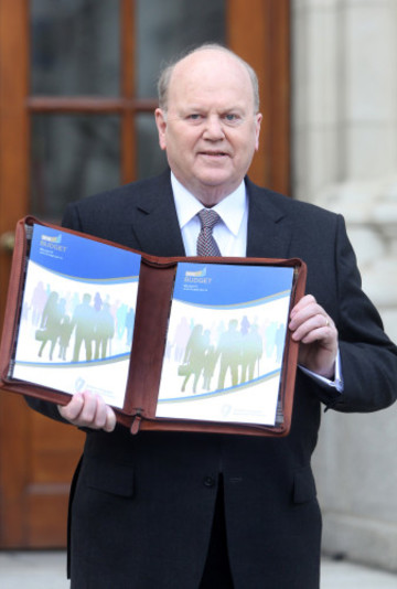 13/10/2015 Budget Day 2016