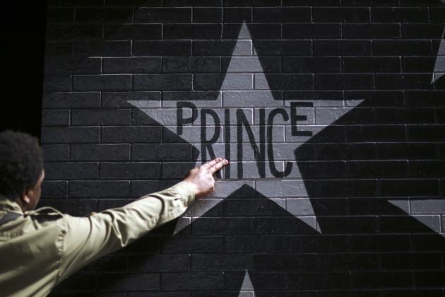 APTOPIX Obit Prince