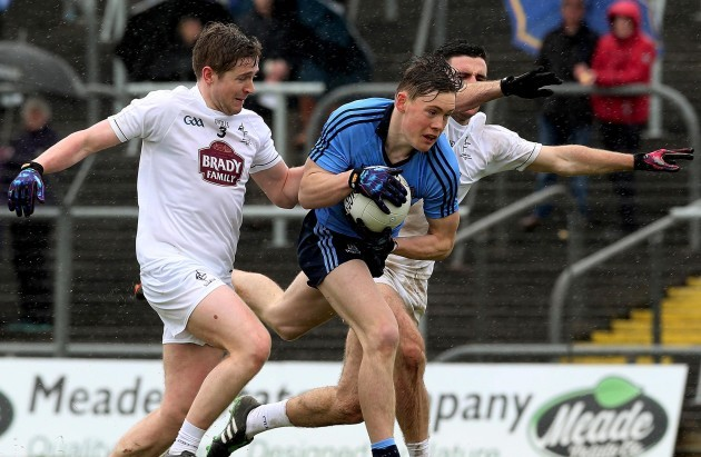 Darren Maguire and Ryan Houlihan tackle Con O'Callaghan