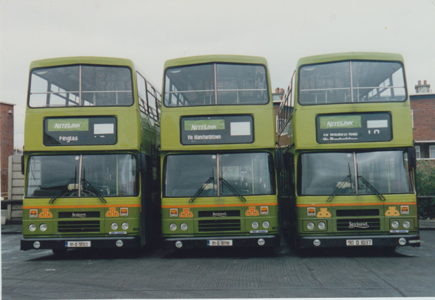 Nitelink buses by day April 1992 Rh123,118 and 37