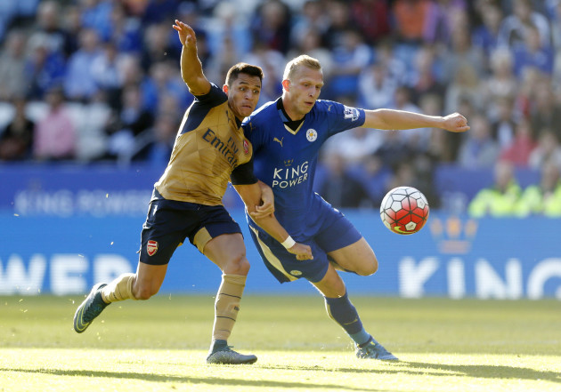 Soccer - Barclays Premier League - Leicester City v Arsenal - King Power Stadium