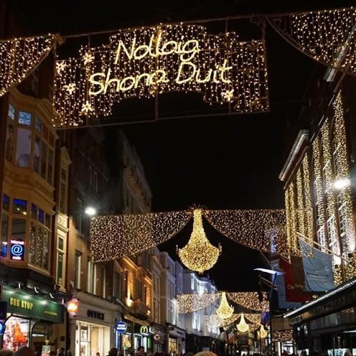 All i want for #Christmas is you #christmasdublin #nollaigshonaduit #ireland_Gram #ireland #ireland_gram #ireland2015 #irelandaily #irelandisgreat #irelandgram #irelandlove #irelandlife #dublin #dublincity #dublino #dubliners #dublinstreets #dublinireland #dublin2015 #newdubliner #spanishireland #nofilter