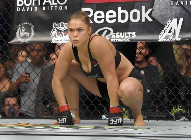 UFC 184 Mixed Martial Arts