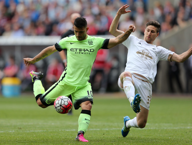 Swansea City v Manchester City - Barclays Premier League - Liberty Stadium