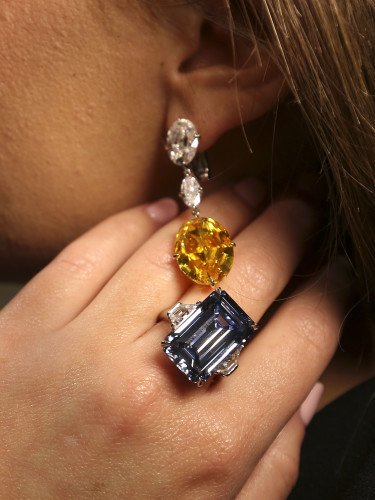 Christie's Magnificent Jewels sale