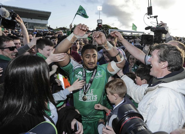 Bundee Aki celebrates at the end of the match