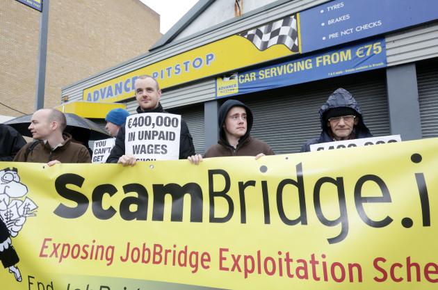 18/01/2014. Protest at Advance Pitstop over JobBri